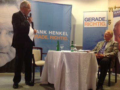 Dr. Klaus Töpfer (links im Bild) und Claudio Jupe